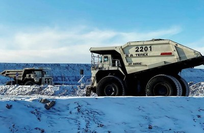 the world's first large-scale autonomous mining truck project