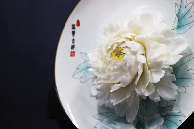 Peony-themed creative and cultural products