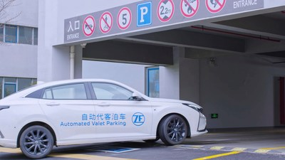 ZF is developing the first valet parking system globally that enables driverless parking relying only on the vehicle's sensor set and being independent of a pre-mapped parking garage infrastructure.