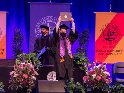 Grand Canyon University to confer largest graduating class in its history.