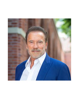 Arnold Schwarzenegger receives Jack Brooks Award