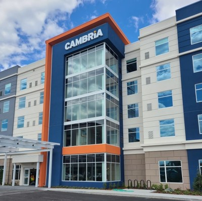 Cambria Hotel Orlando Airport Exterior