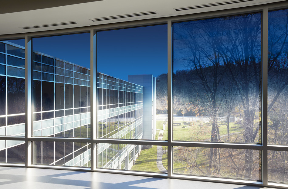 SageGlass Harmony®, the first electrochromic glass to tint on a gradient