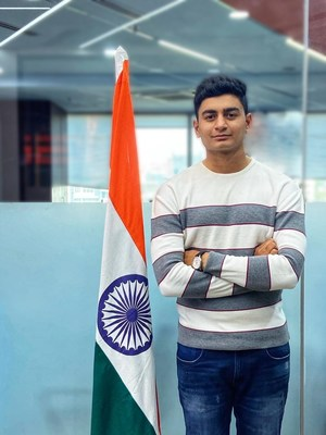 Krishiv KL Tekchandani, a 19-year-old Indian golfer donates all his earnings to fund Vaccination Drive.