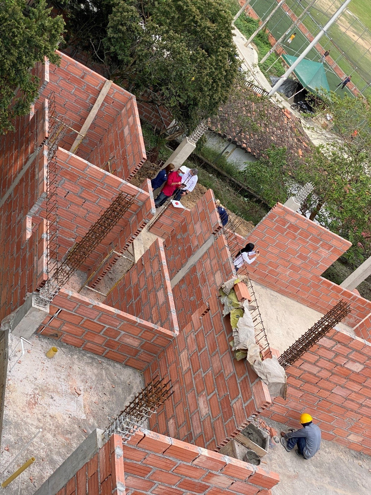 Caldas Community Centre in construction (CNW Group/Aris Gold Corporation)