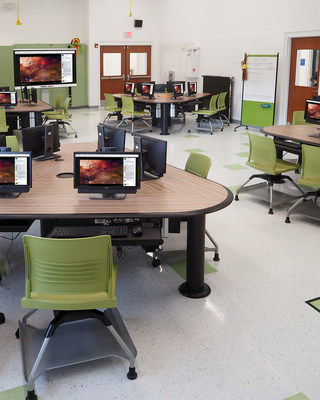 The Innovation Lab, featuring SMARTdesks Collab Active Learning Tables, at Chatham Middle School, NJ.