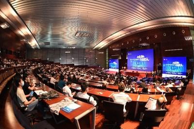 Mais de 600 pessoas participaram presencialmente e 238 mil assistiram à transmissão ao vivo do Nono Fórum Internacional de Gerenciamento de Projetos. (PRNewsfoto/PMI)