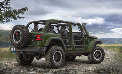 Jeep® Performance Parts introduces industry-first 2-inch lift kit for a plug-in hybrid electric vehicle; wide portfolio of factory-backed, quality-tested parts and accessories are available for the new 2021 Jeep Wrangler 4xe