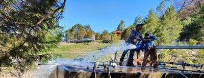 Avec l'aide d'Agnico Eagle, plus de 300 familles et 1 120 personnes de la communauté de Yepachic, au Mexique, ont désormais accès à une source continue d'eau potable. (Groupe CNW/Association minière du Canada (AMC))