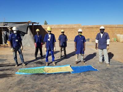 Initiative innovante de recyclage des déchets plastiques qui fait une différence positive à la mine Essakane d'IAMGOLD. (Groupe CNW/Association minière du Canada (AMC))