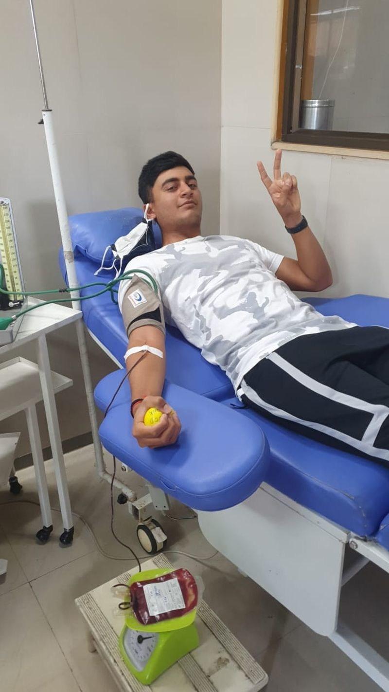 19-year-old Indian Golfer Krishiv KL Tekchandani gives away all savings to COVID Cause