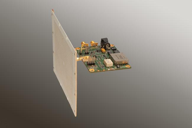 32x32 RHCP Polarized Array_TiaLinx