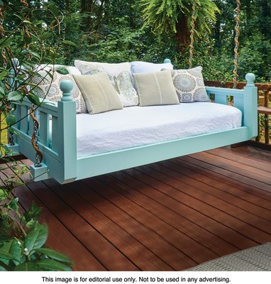 Build this comfy Swing Bed using a downloadable plan, tools and supplies from Woodcraft.