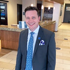 Commonwealth Hotels hires Seasoned Dual General Manager at Hyatt properties outside Chicago