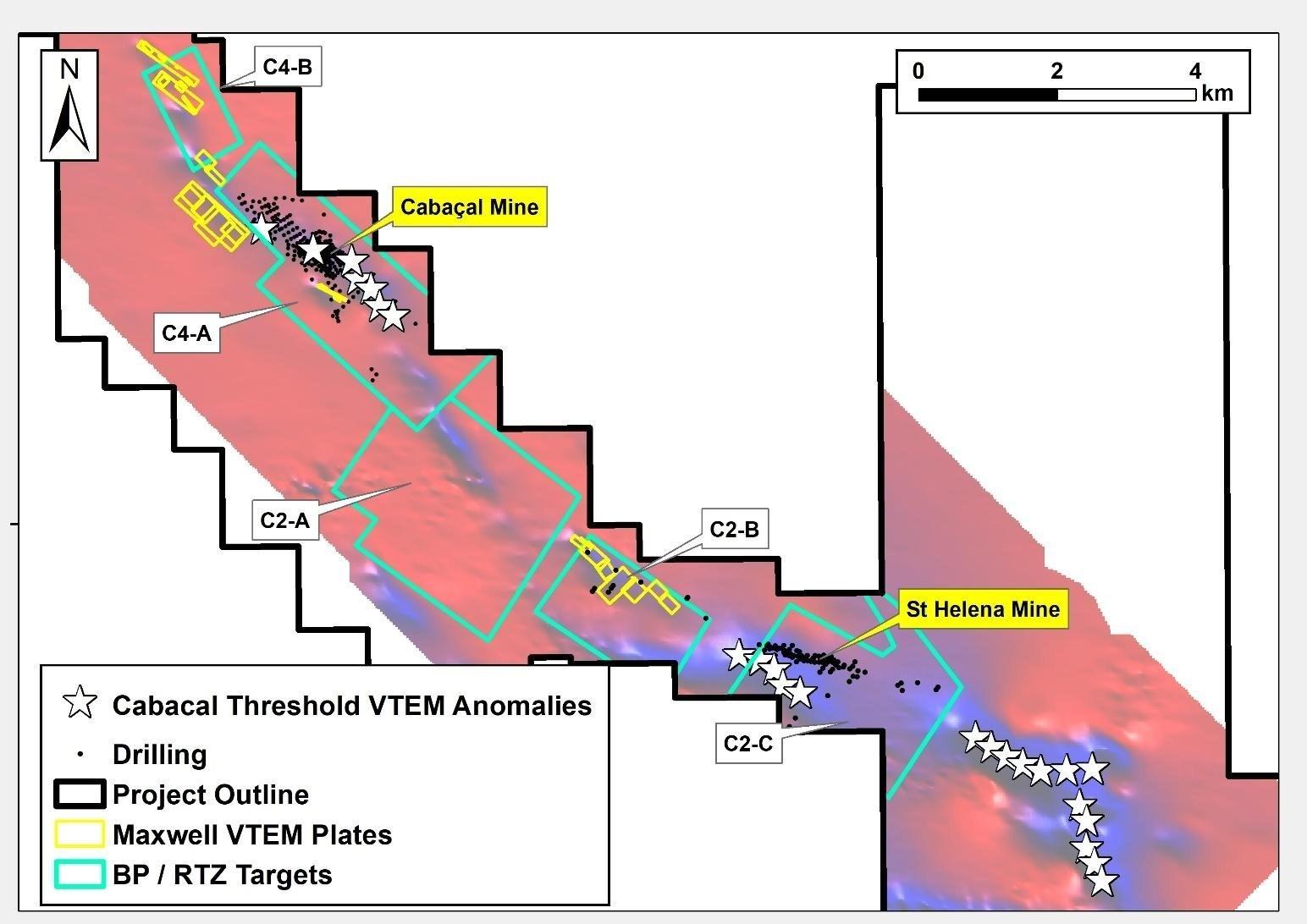 """Figura 3: Distribución regional tanto de las anomalías VTEM de alta amplitud (polígonos amarillos) como de las respuestas """"estilo Cabaçal"""" recién modeladas (estrellas blancas).  (Grupo CNW / Meridian Mining SE)"""