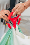 Combigrip Launches Hands-Free Grocery Bag Hook