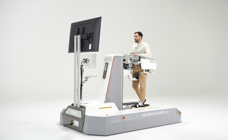 The 'Morning Walk' of CUREXO is a walking rehabilitation robot for everyone from children to adults. Currently, it is being used by 16 rehabilitation hospitals in Korea to assist with patient rehabilitation.