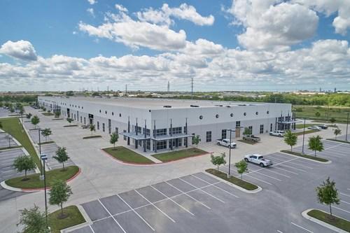 160,000-SF Amazon last-mile warehouse/logistics building in Austin, Texas.
