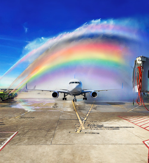 Flying with Pride: United, Chase and Visa Join Forces in Support of LGBTQ+ Equality (PRNewsfoto/United Airlines)