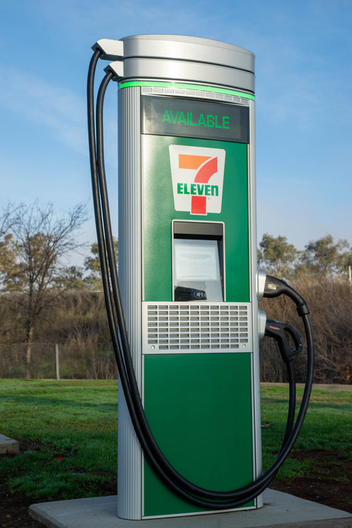 7-Eleven, Inc. is undertaking a massive installation project, with a goal of building at least 500 Direct Current Fast Charging (DCFC) ports at 250 select U.S. and Canada stores by the end of 2022.