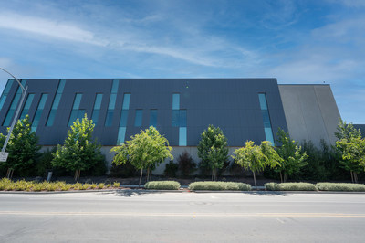 Equinix SV11 IBX data center exterior