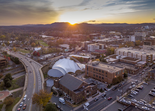 Charlottesville's premier outdoor music venue is ready to rock again as the newly branded Ting Pavilion. (CNW Group/Tucows Inc.)