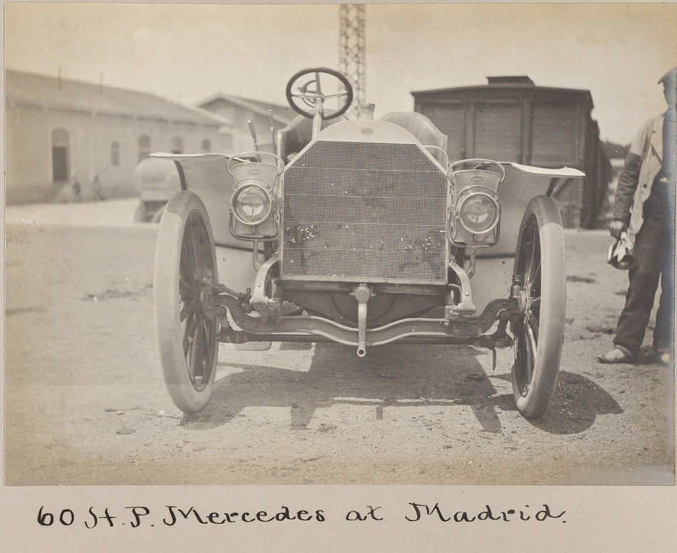 """An early 1900s automobile from the photo albums of William K. Vanderbilt II kept at the Vanderbilt Museum, included in the """"Digitizing Local History Sources"""" project."""
