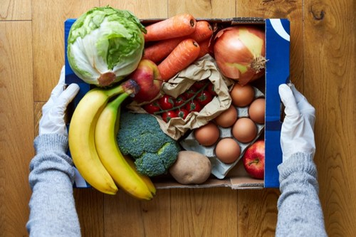 With every purchase placed through their website, Fièra donates a meal through to someone in need through their charitable partnerships with two leading food rescue organizations: Food Rescue US and Second Harvest Canada.