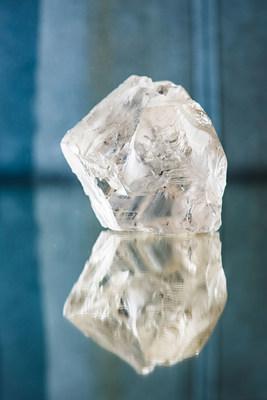 470 carat diamond recovered from the Karowe Mine in Botswana (CNW Group/Lucara Diamond Corp.)