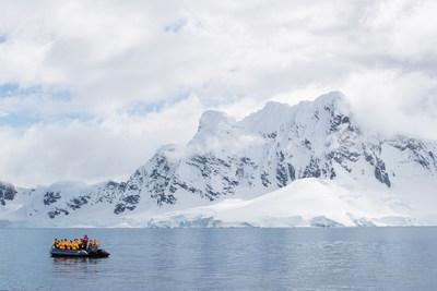Antarctica Zodiac Cruise