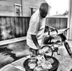 Warren G, the Hip Hop Pitmaster Celebrates Father's Day with Sniffin Griffin's BBQ