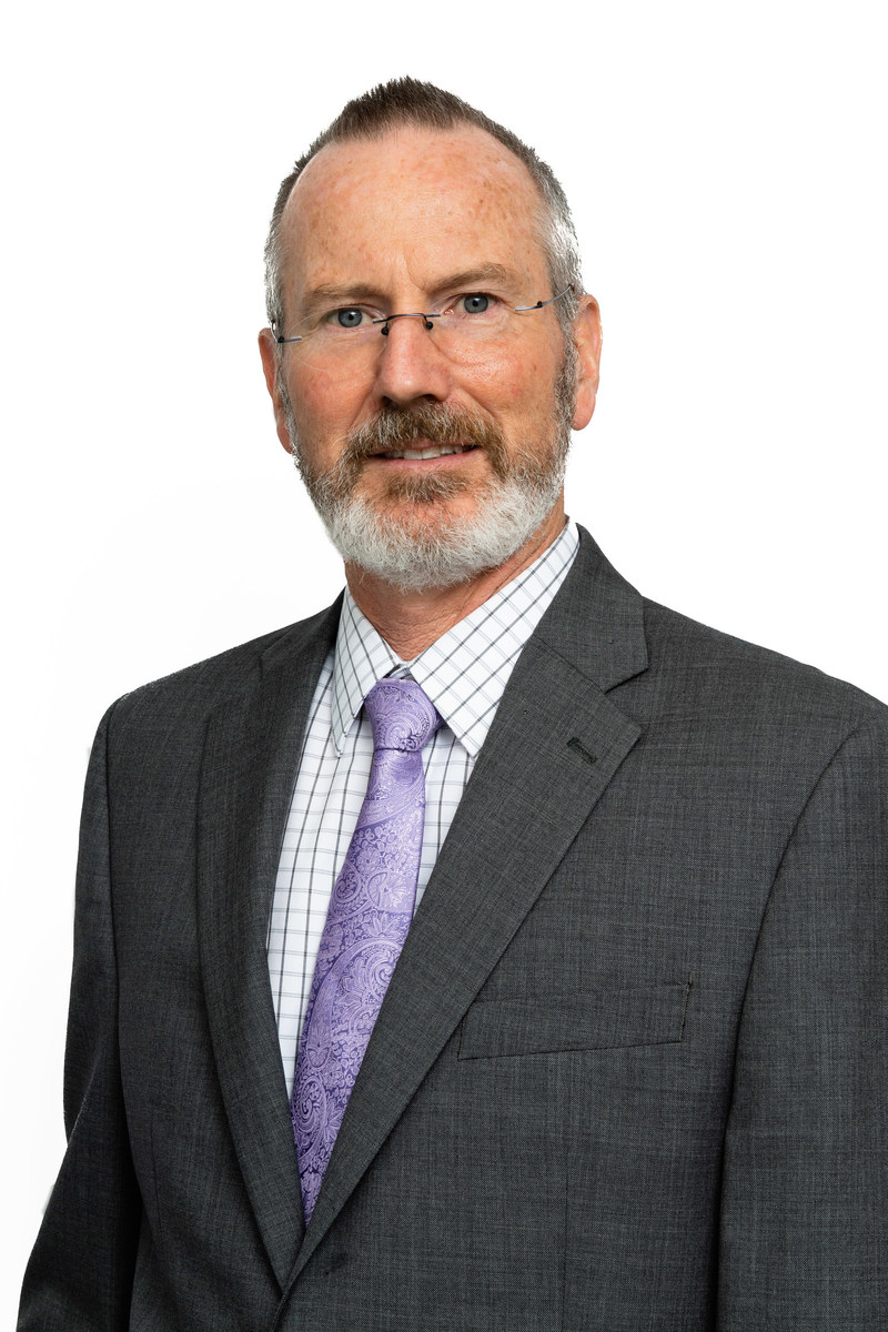 Alan McClelland, Dean of Centennial's School of Transportation (CNW Group/Hyundai Auto Canada Corp.)