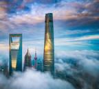 Art cultivé dans les nuages : le J Hotel Shanghai Tower fait ses débuts au sommet de Shanghai