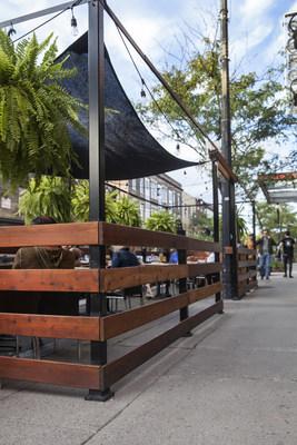 Terrasse sur une artère commerciale du Sud-Ouest (Groupe CNW/Ville de Montréal - Arrondissement du Sud-Ouest)