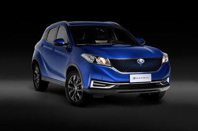 SERES 3, the electric native C-SUV distributed in Italy by the Koelliker Group