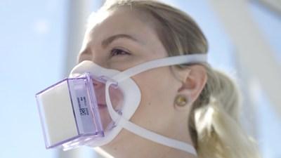 Infirmière avec masque (Groupe CNW/MI Protection)