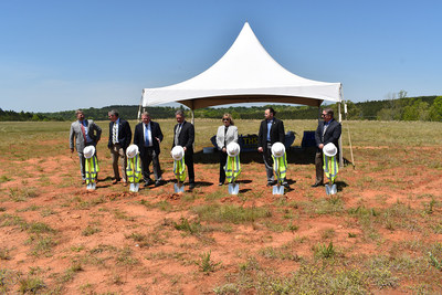 From left to right: John Ducworth III - First Citizens Bank, Ken Roper, Pickens County Economic Development Chairman , Roy Costner III, Pickens County Council, Mark Peabody, Cheryl Peabody of Peabody Engineering, Inc., Chris Bowers, Pickens County Council Chairman, Dana Emberton, CEO THS Constructors