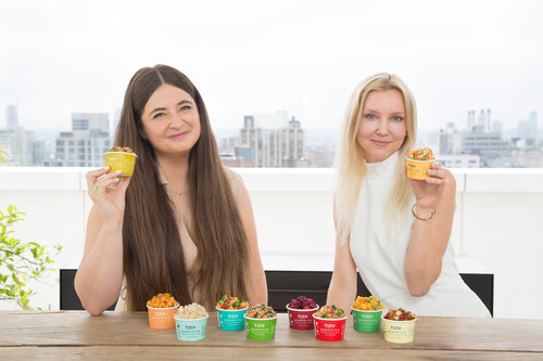 Tiny Organics' cofounders Betsy Fore (left) and Sofia Laurell (right)