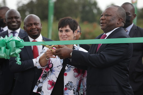 Ms Jenny Coetzee (Left), MD, Crawford International, and H.E. Mr Mninwa Johannes Mahlangu, High Commissioner of South Africa to the Republic of Kenya, cutting the ribbon during the Crawford Road naming ceremony