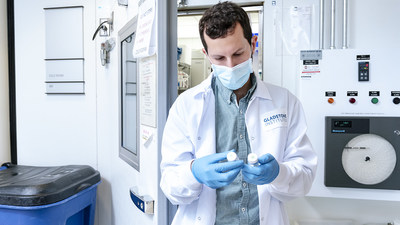 Scientists at Gladstone Institutes discovered a gene that could prevent fibrosis in the heart. Shown here, Michael Alexanian, a postdoc in the Srivastava Lab and first author of the new study. Photo: Michael Short/Gladstone Institutes