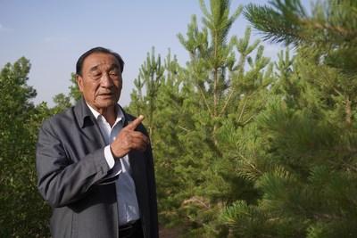 Shi Guangyin, President of Shi Guangyin Anti-Desertification Group (LI NAN)