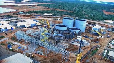 Leach tank installation (CNW Group/Equinox Gold Corp.)