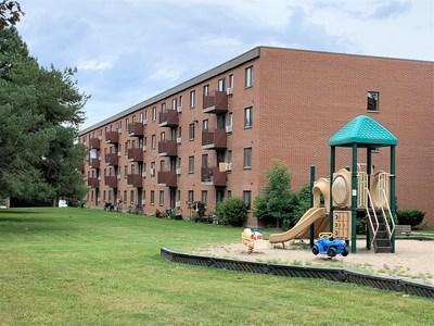 Northfield Gardens (CNW Group/Killam Apartment Real Estate Investment Trust)