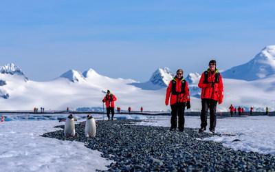 Arrivée du MS Roald Amundsen HGR Crédit photo : Dan Avila