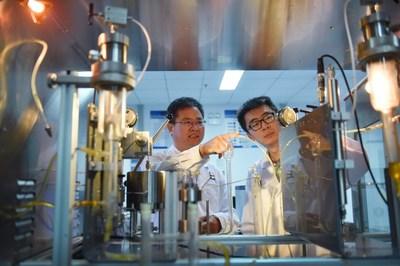 Sinopec a lancé le premier projet chinois de captage, d'utilisation et de stockage de mégatonnes de carbone (CCUS) : le projet pilote de Sinopec Qilu et du champ pétrolifère de Shengli. (PRNewsfoto/SINOPEC)