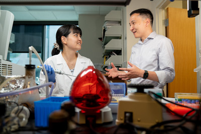 Dr. Rina Nishii and Dr. Jun Yang of St. Jude Children's Research Hospital