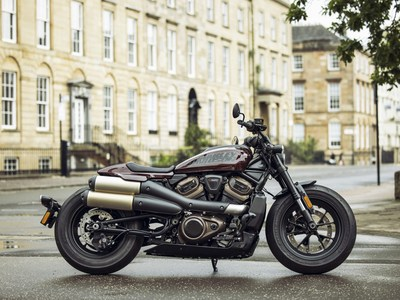 The new 2021 Harley-Davidson® Sportster® S model is an all-new sport custom motorcycle designed to deliver a thrilling riding experience and ushers in a new era of Sportster performance.