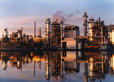 Chemicals plant at Shell Scotford (CNW Group/Shell Canada Limited)