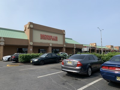 Planet Fitness will be taking over the former Modell's space at the Toms River Shopping Center on Rte. 37. The chain will co-anchor the property with Kohl's. R.J. Brunelli also signed Wing Stop for the center.