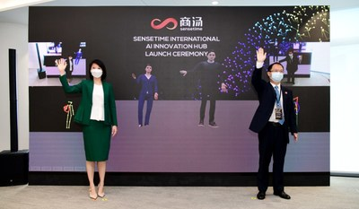 Guest of Honour Ms Sun Xueling, Minister of State, Ministry of Education Singapore, and Mr Martin Huang, Managing Director of SenseTime International, initiating the SenseTime International AI Innovation Hub launch sequence with their right hands.